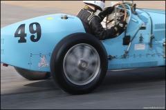 drivein_bugatti_2