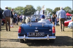 Open to exhibitors and classic car clubs, the serene friendly nature of the event attracted thousands of people.