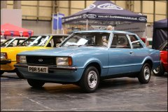 nec_restoration_show_ford_cortina_12