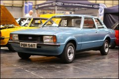 nec_restoration_show_ford_cortina_8