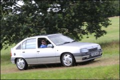 festival_of_the_unexceptional_vauxhall_astra_4