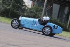 drivein_bugatti_5