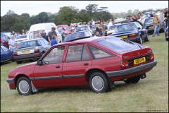 festival_of_the_unexceptional_vauxhall_cavalier_1